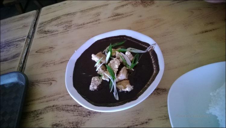 Pareng Vic's Crispy Dinuguan